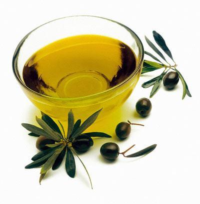 Cách trị rụng tóc bằng dầu ô liu đơn giản tại nhà