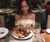 Top 7 Nhà hàng buffet hải sản tôm hùm ngon nhất Sài Gòn