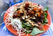 Top 8 địa chỉ thưởng thức nộm bò khô ngon nhất ở Hà Nội